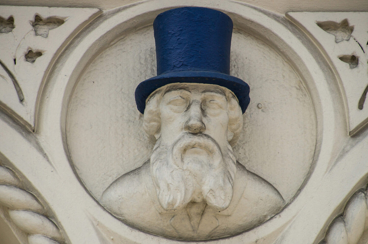 Tanky Smith in his top hat - By John Brown