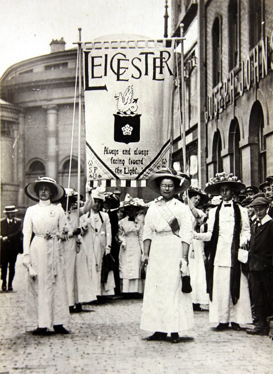 Leicester Suffragettes. Demonstration in Bowling Green Street May 1911 - Leicestershire Record Office