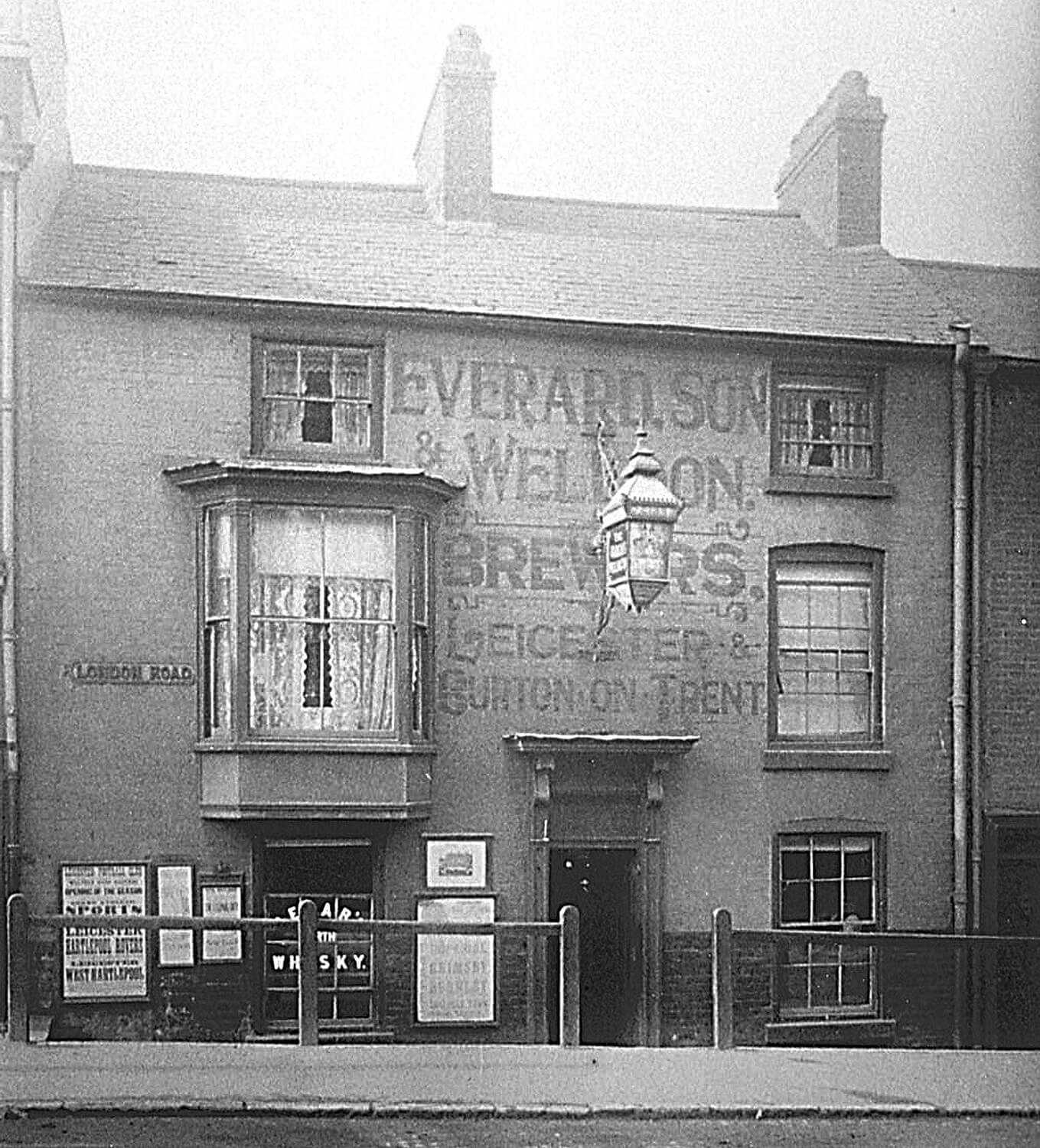 The Marquis prior to its 1907 refurbishment - Everard Brewery