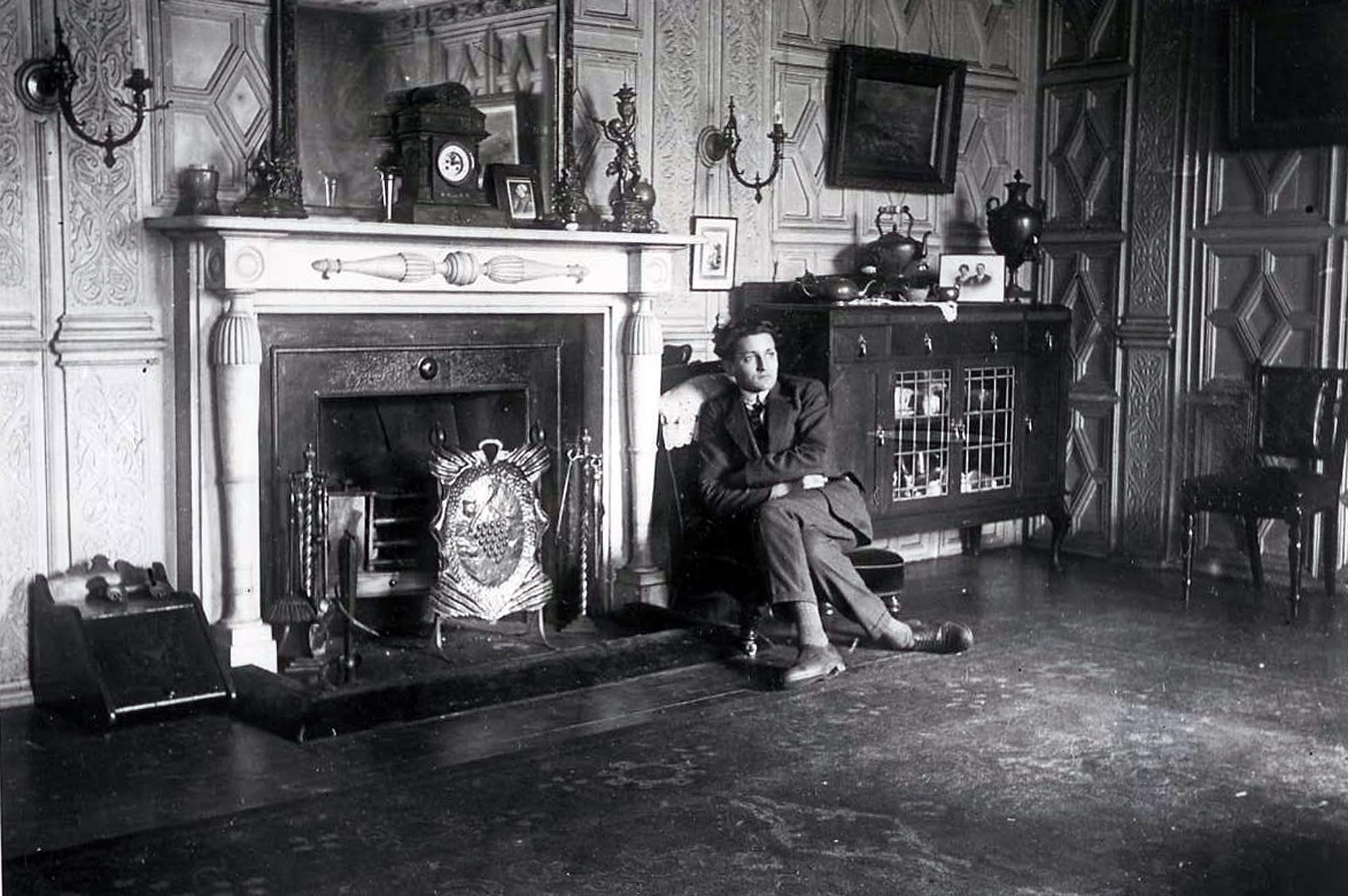 The panelled room, 1920s -