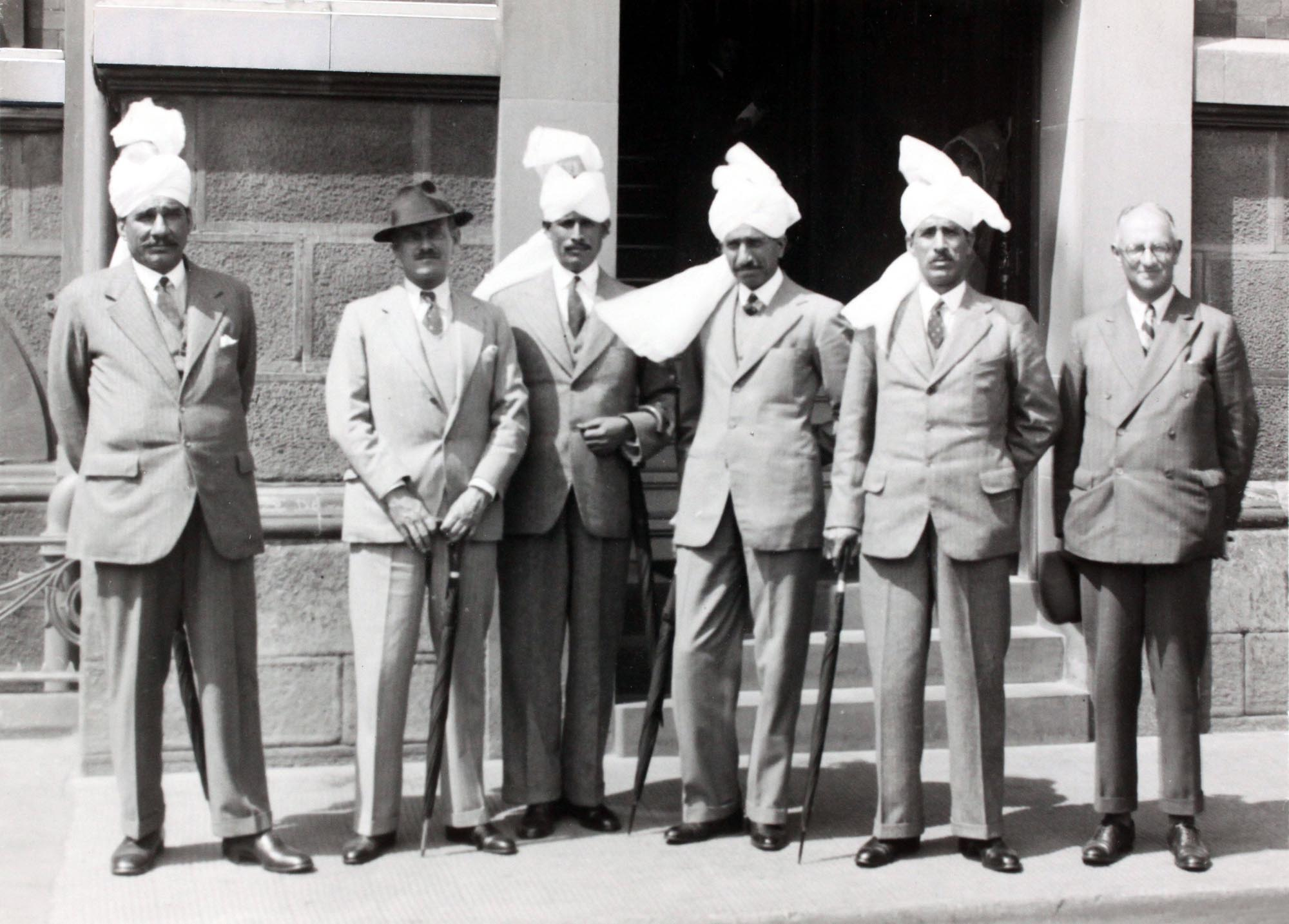 Photograph of Indian visitors to Corah factory, 1939 - Manufacturing Pasts (University of Leicester)