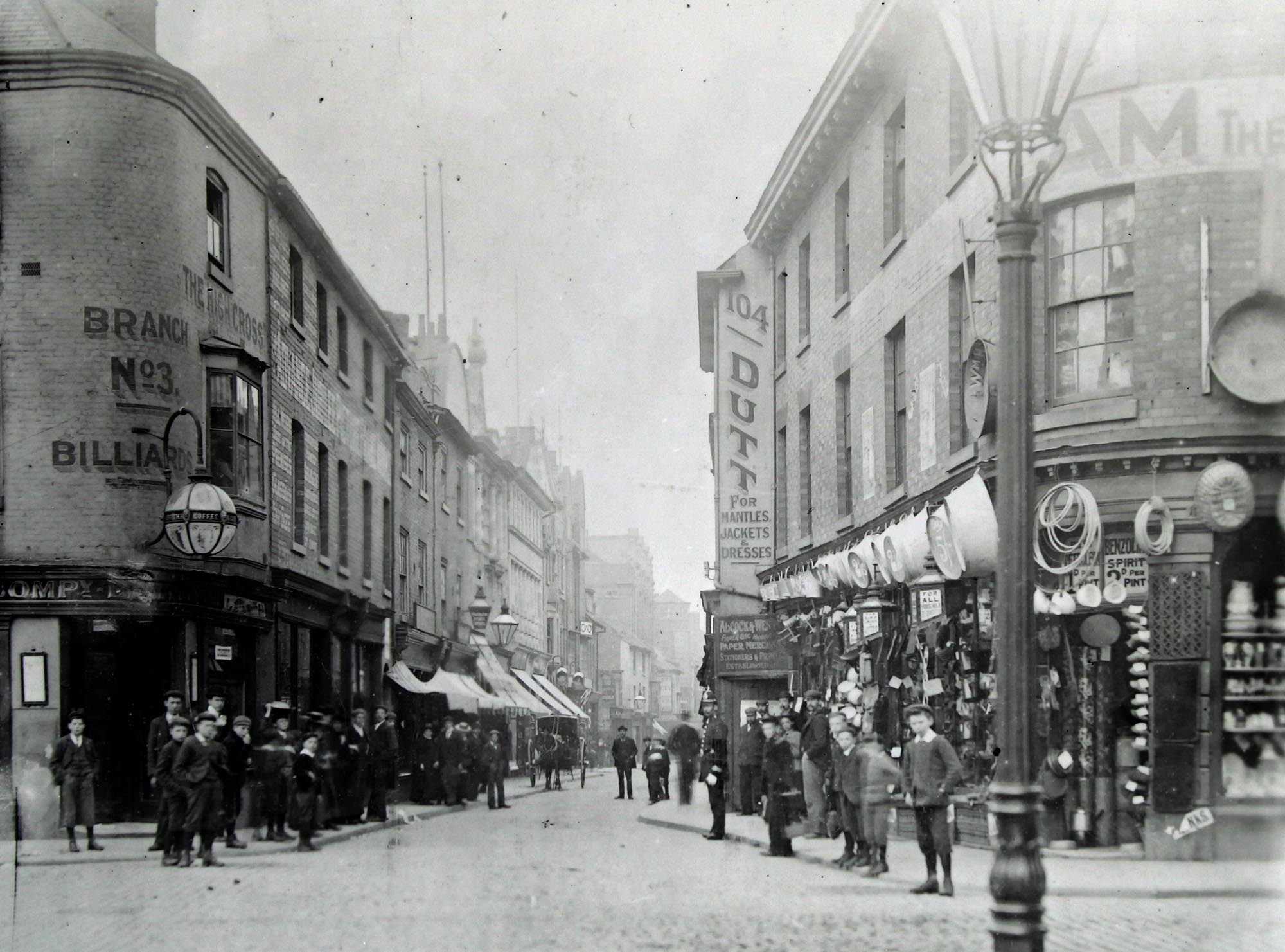 Looking down High Street from Highcross Street c.1890 - Leicestershire Record Office