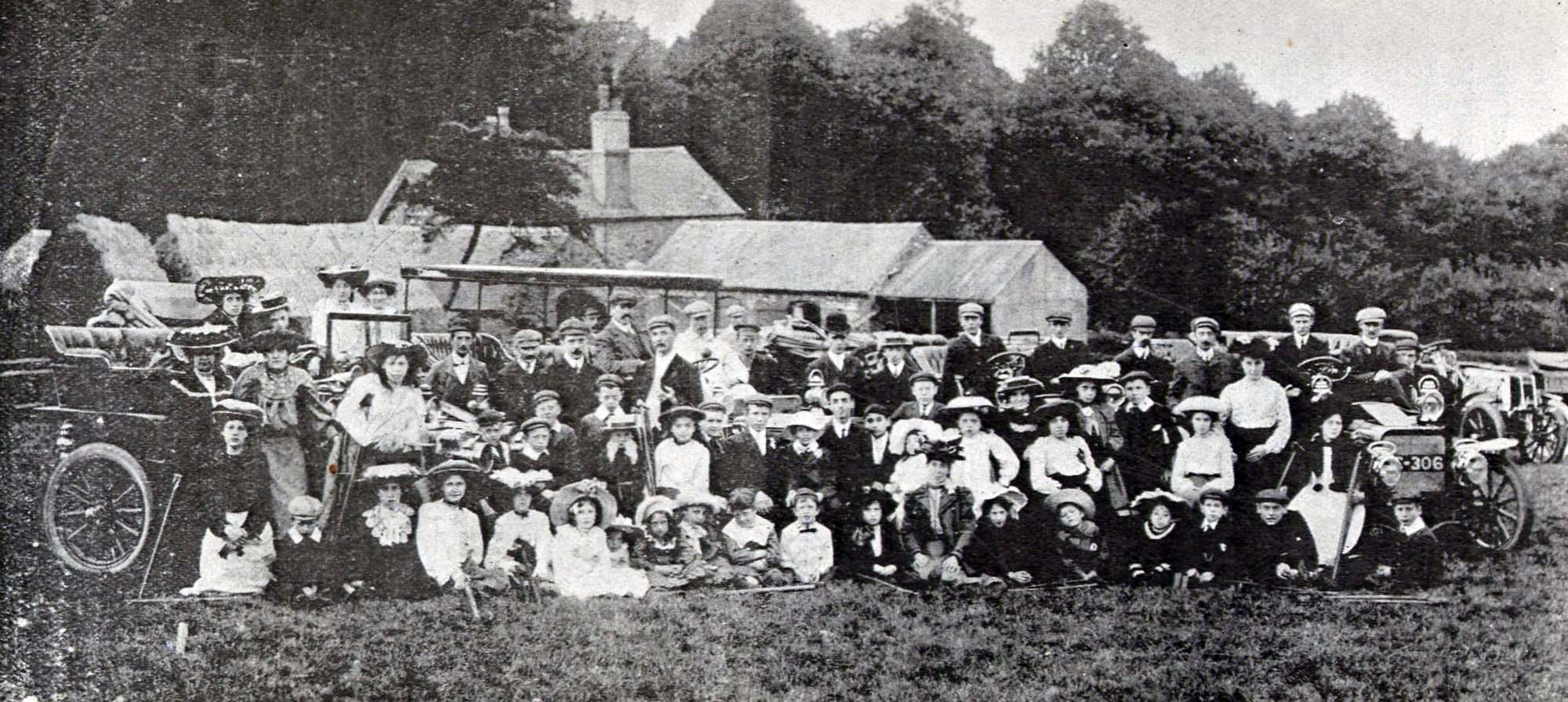 Excursion for disabled children, arranged by the Leicestershire Automobile Club, 1905 - Mosaic 1898