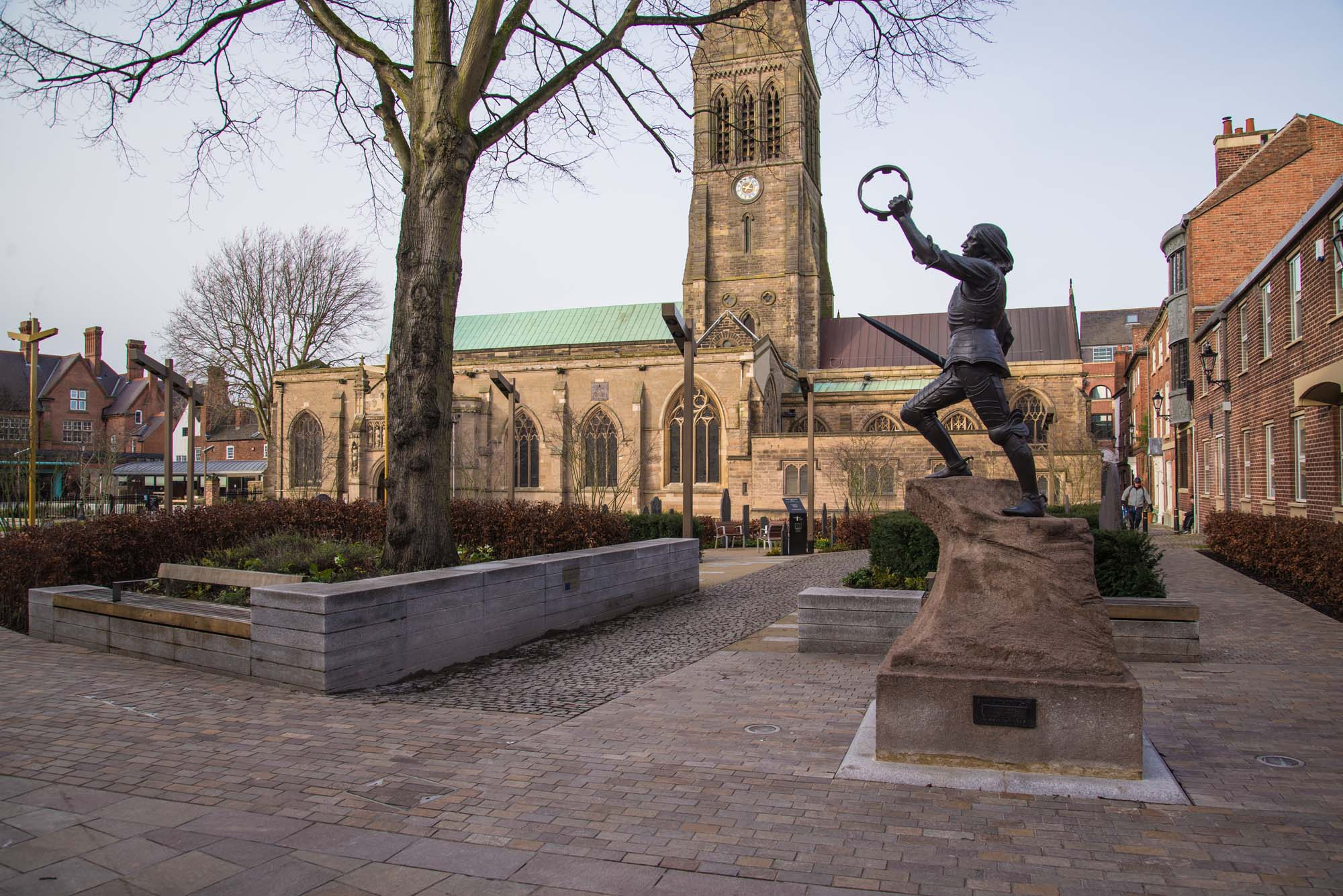 Leicester Cathedral and the King Richard III statue in Cathedral Gardens -