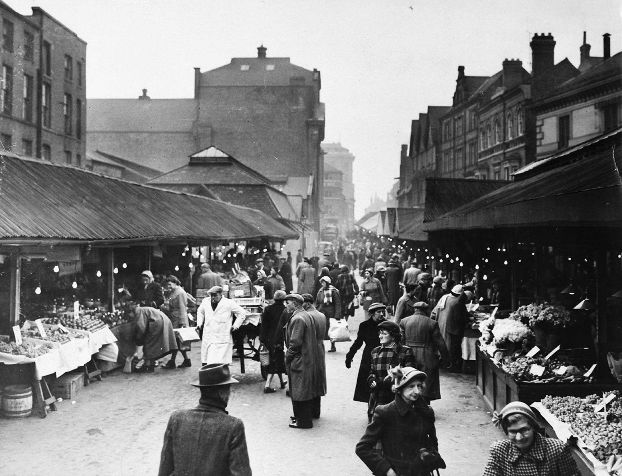 Looking up a busy Market Place South, circa 1950s -