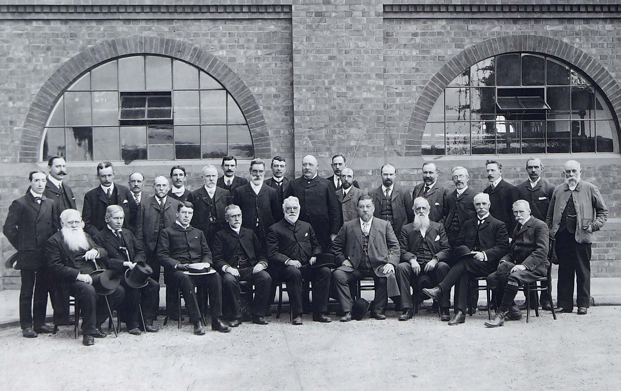 Representatives and people involved in the creation of the pumping station pose for a group photograph, 1891	Leicestershire Record Office -