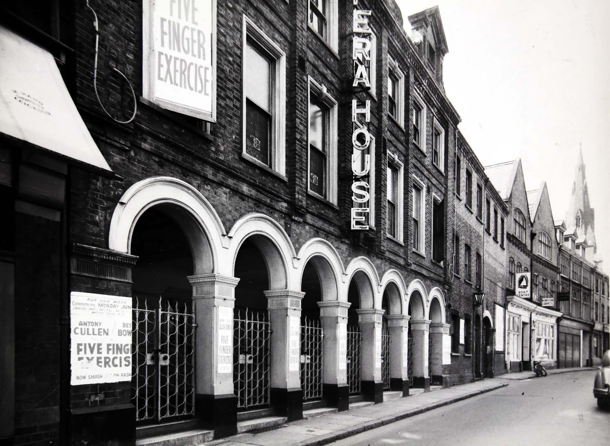 The Royal Opera House frontage late 1950s - Leicestershire Record Office