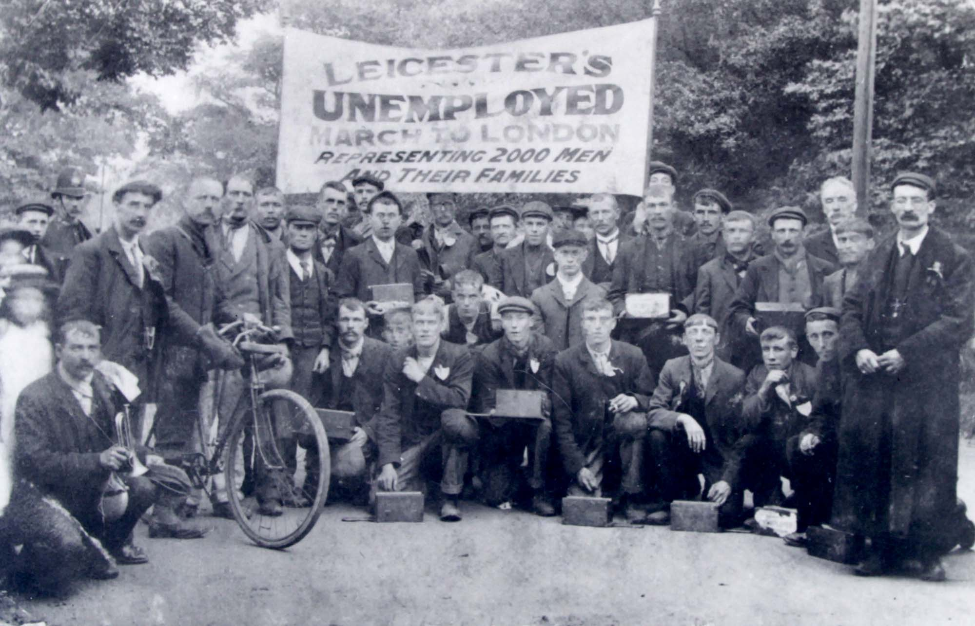 A group of unemployed men who took part in the famous march of 1905 - Leicestershire Record Office