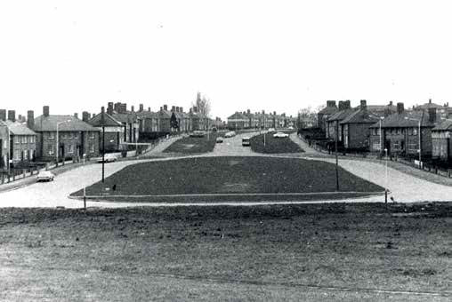 Hand Avenue viewed from Hinckley Road - Record Office for Leicestershire, Leicester and Rutland